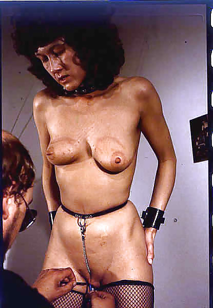 Mom handjob porn