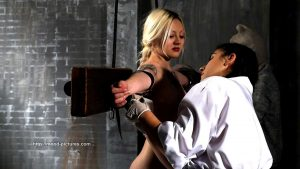Elitepain.com - Experiment - Public Whipping Film