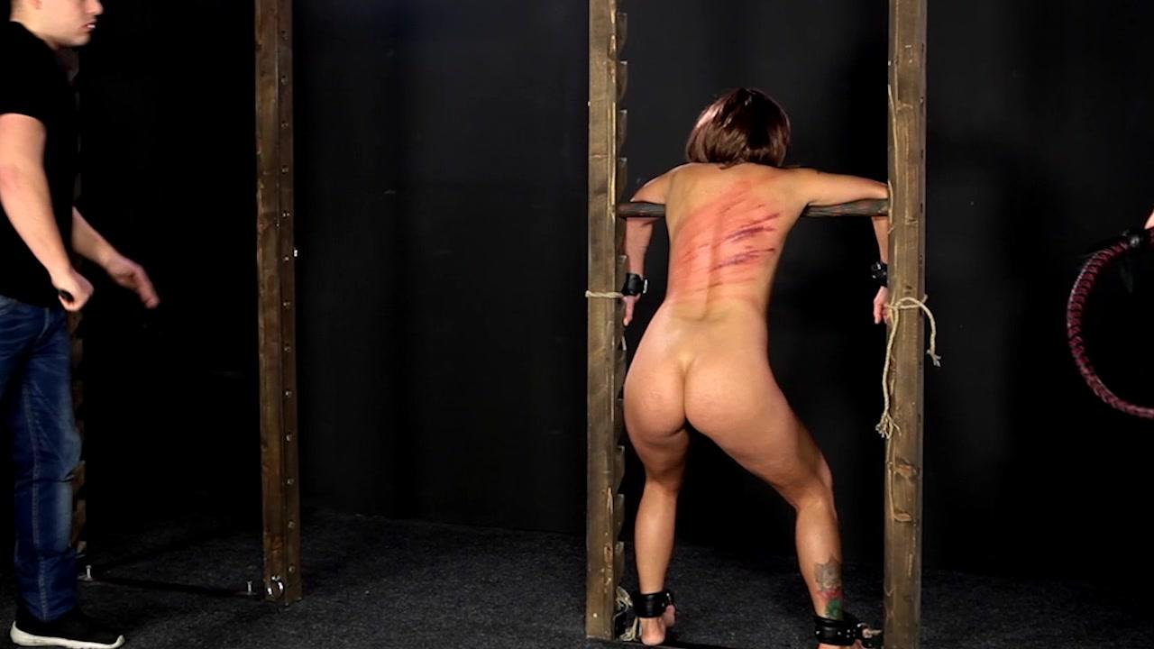 Bettie Bondage Stuck In The Closet With Teacher Hd
