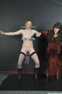 Lesbian Domination of Amber